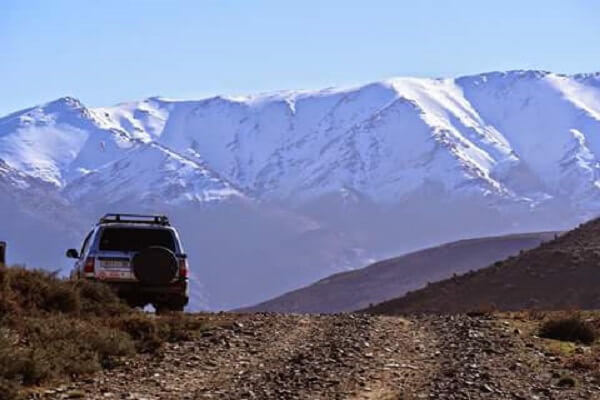 44*4 car in atlas mountains