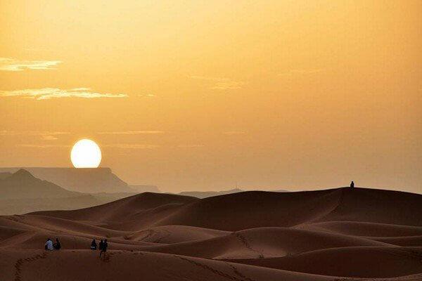 sunset from sahara desert